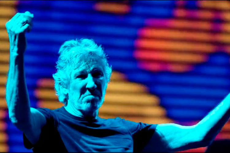 Roger-Waters-us-them