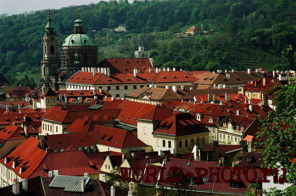Фото Собора Святого Николая в Праге.