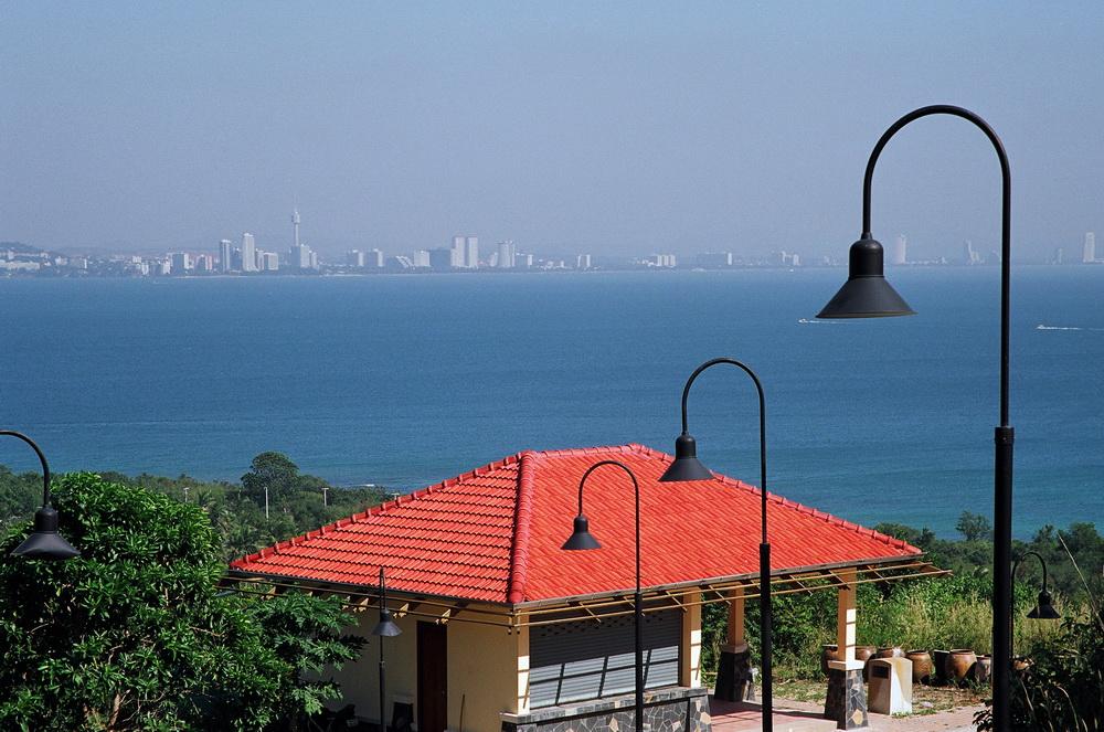 Вид на Паттайю с острова