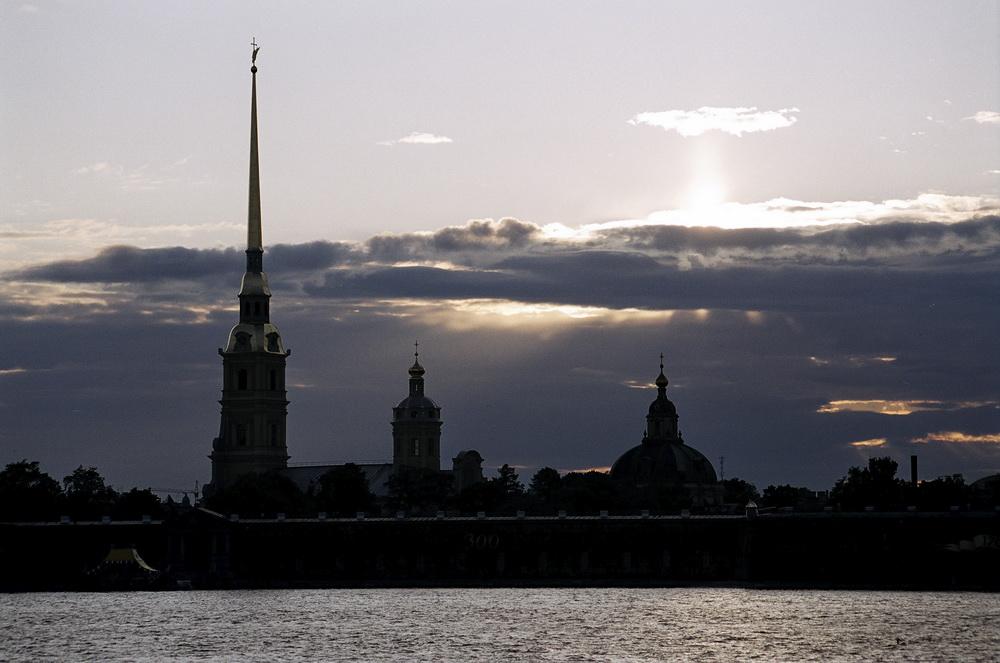 Фото Петропавловской крепости вид с Невы