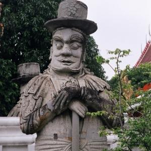 Статуя в Королевском дворце