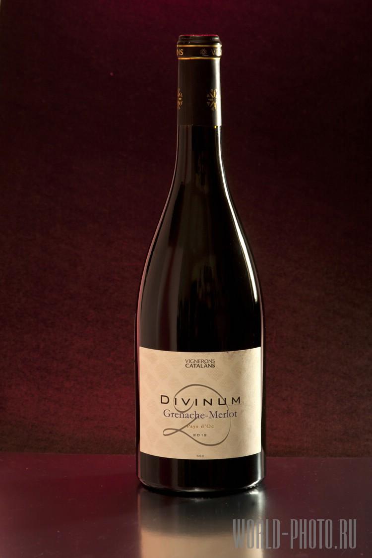 Красное вино Divinum (Red Wine)