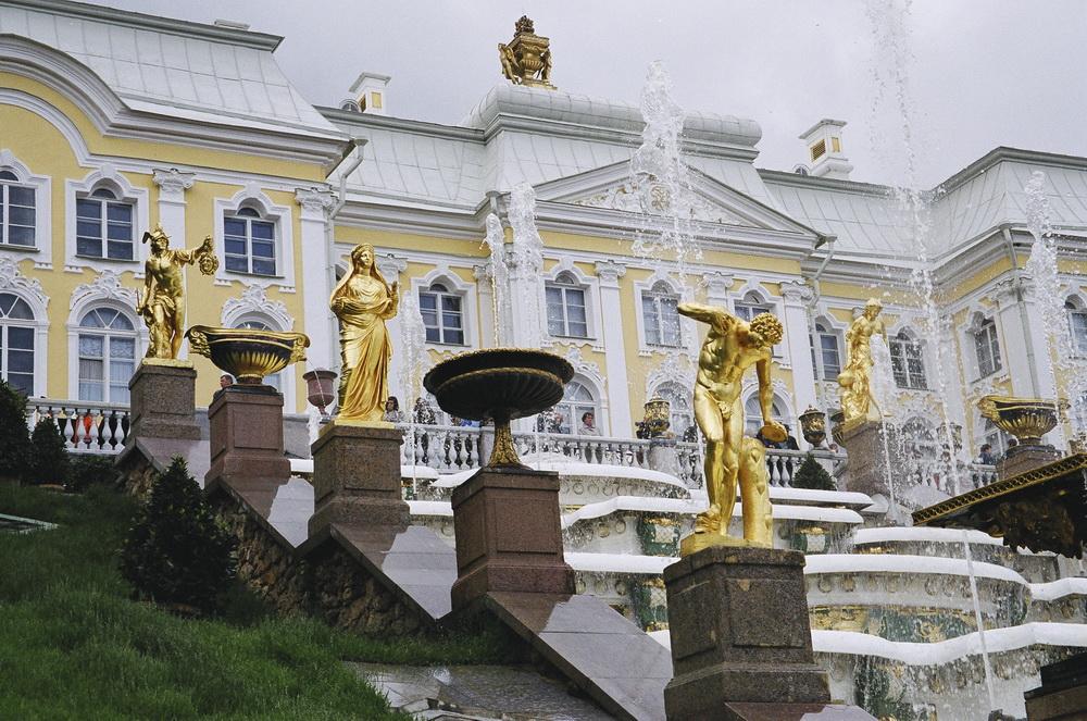 Фонтаны в Петродворце